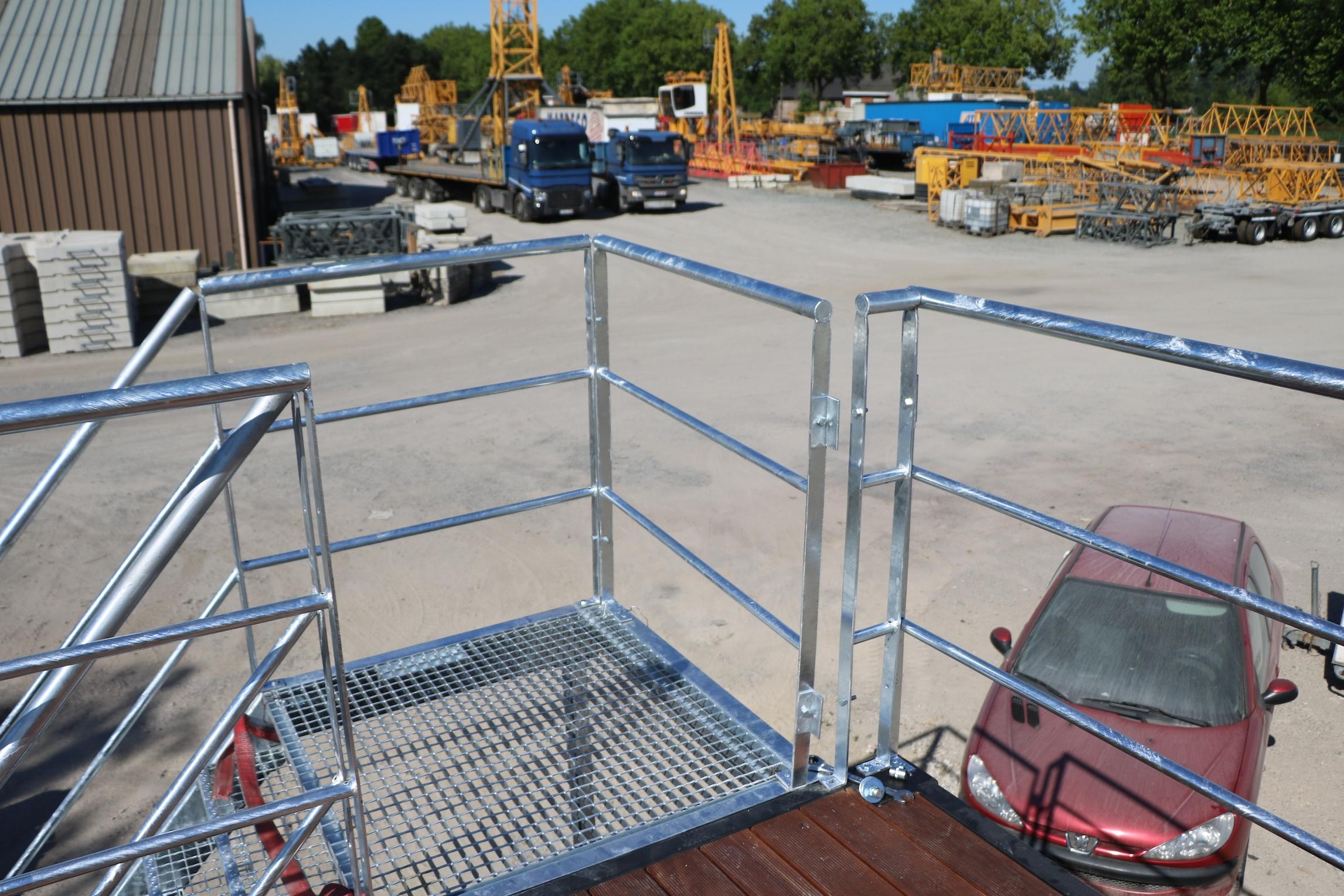 20ft open side container mit terrasse und treppe | referenzen