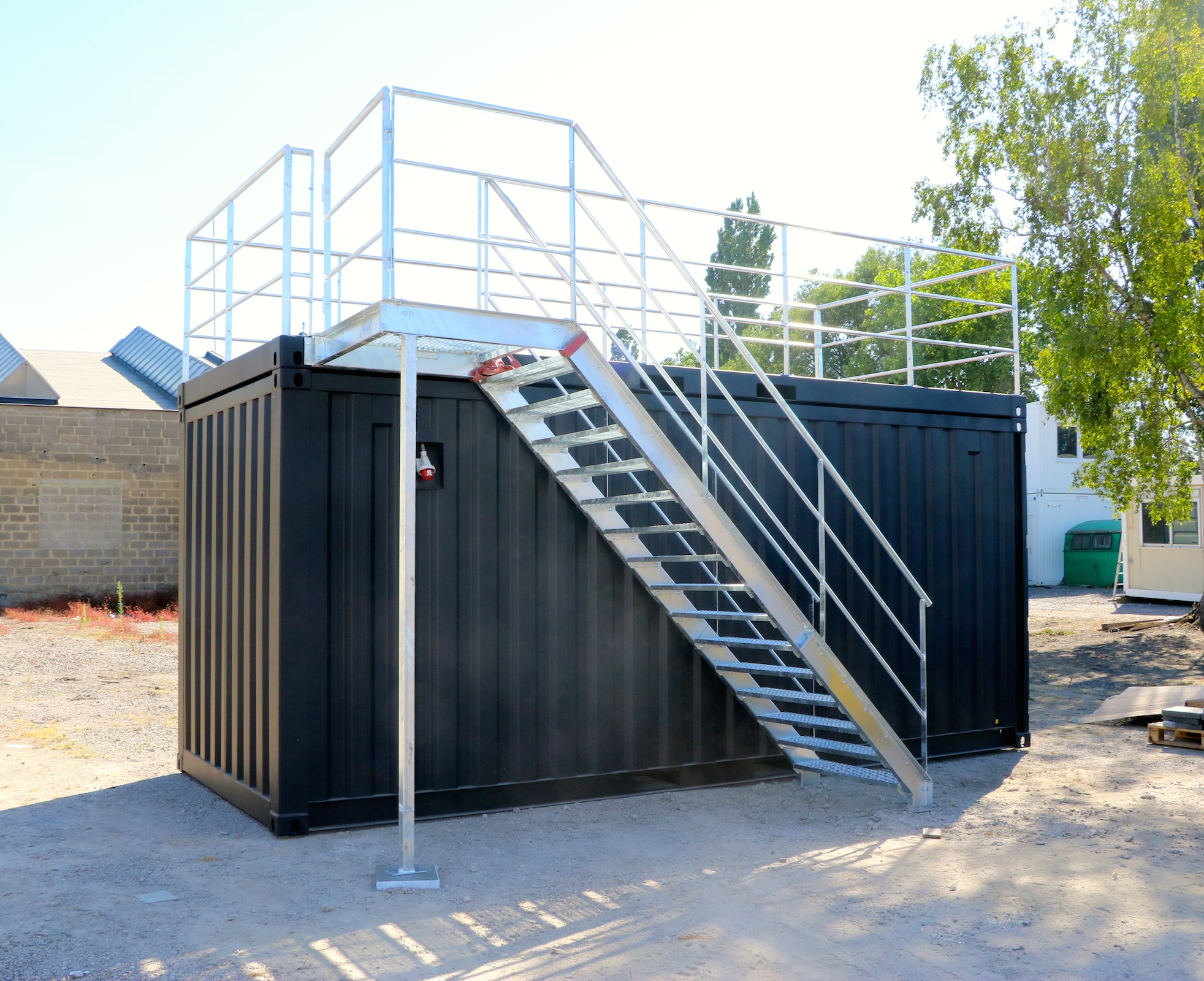... 20FT Open Side Container With Terrace And Stairs (1) ...